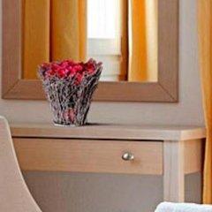Отель Thera Mare Hotel Греция, Остров Санторини - 1 отзыв об отеле, цены и фото номеров - забронировать отель Thera Mare Hotel онлайн удобства в номере фото 2