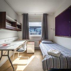 Отель LSE Carr-Saunders Hall 2* Стандартный номер с различными типами кроватей (общая ванная комната) фото 2