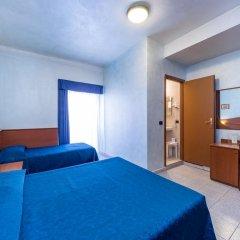 Hotel Aurora Стандартный номер с 2 отдельными кроватями фото 4