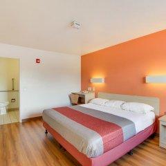 Отель Motel 6 Columbus West 2* Стандартный номер с различными типами кроватей фото 5
