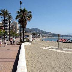Отель Pension Los Faroles Испания, Фуэнхирола - отзывы, цены и фото номеров - забронировать отель Pension Los Faroles онлайн пляж