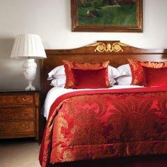 Four Seasons Hotel Prague 5* Люкс с двуспальной кроватью фото 11