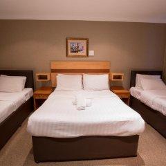 Newham Hotel 2* Стандартный семейный номер с двуспальной кроватью