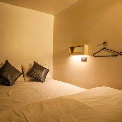 Отель Box Poshtel Phuket Стандартный номер с различными типами кроватей фото 2