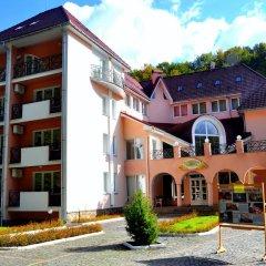 Гостиница Курорт Солнечная Поляна вид на фасад фото 2