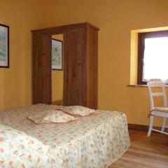 Отель Agriturismo Casale Il Gallo Bianco Озимо комната для гостей
