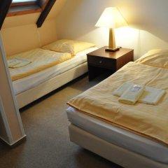 Hotel Svornost 3* Стандартный номер с 2 отдельными кроватями фото 18