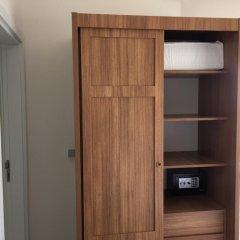 Отель Pelikan7 сейф в номере