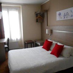 Отель De Paris Montmartre Париж комната для гостей фото 3