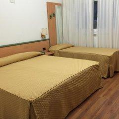 Hotel Iris 3* Стандартный номер с разными типами кроватей фото 2