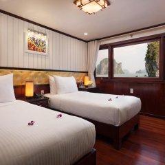 Отель Halong Silversea Cruise 3* Номер категории Премиум с различными типами кроватей