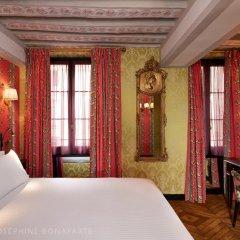 Отель de Josephine BONAPARTE Париж комната для гостей