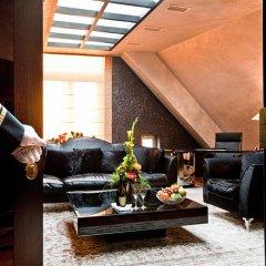 Royal Square Hotel & Suites интерьер отеля