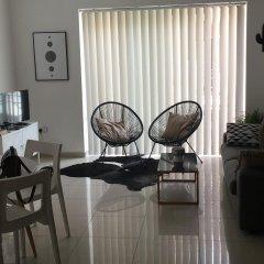 Апартаменты Simons Apartments Слима интерьер отеля