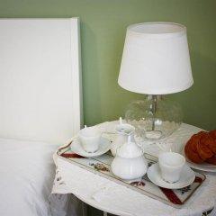 Отель Bed And Breakfast 22 Garibaldi Home в номере