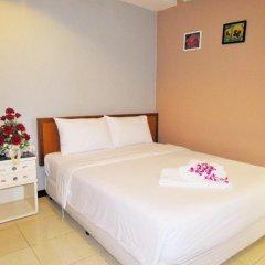 Отель JL Bangkok 3* Улучшенный номер с различными типами кроватей фото 7