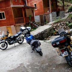 Отель Ayder Bulut Dağevi Bungalow парковка