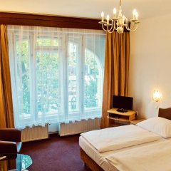 Hotel Meran 3* Стандартный номер с двуспальной кроватью фото 6