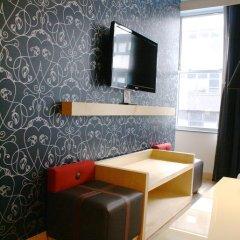 Отель TRYP By Wyndham Times Square South 4* Номер категории Премиум с двуспальной кроватью фото 3