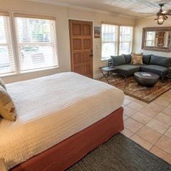 Отель Harbor House Inn 3* Номер Делюкс с различными типами кроватей фото 6