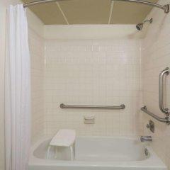 Отель Super 8 by Wyndham Diamondville Kemmerer США, Даймондвилл - отзывы, цены и фото номеров - забронировать отель Super 8 by Wyndham Diamondville Kemmerer онлайн ванная