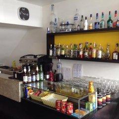 Отель Sunshine Guesthouse гостиничный бар