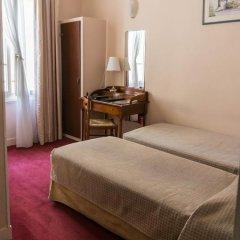 Отель Hôtel Exelmans 2* Стандартный номер с двуспальной кроватью фото 6