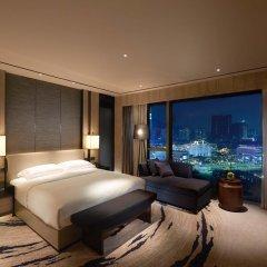Отель Hilton Shenzhen Shekou Nanhai 5* Стандартный номер с различными типами кроватей фото 3