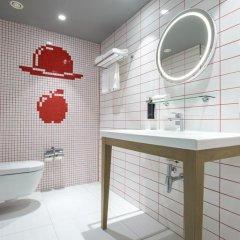 Отель Radisson RED Brussels 4* Стандартный номер с различными типами кроватей фото 6