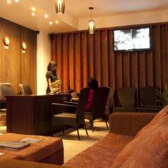 Отель HolidayMakers Inn Мальдивы, Северный атолл Мале - отзывы, цены и фото номеров - забронировать отель HolidayMakers Inn онлайн интерьер отеля фото 2