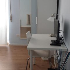 Отель La Cornice Guest House Стандартный номер с 2 отдельными кроватями (общая ванная комната) фото 6