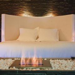 Seven Hotel Paris 4* Улучшенный люкс с различными типами кроватей