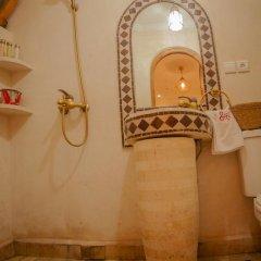 Отель Dar Ikalimo Marrakech 3* Улучшенный номер с различными типами кроватей фото 21