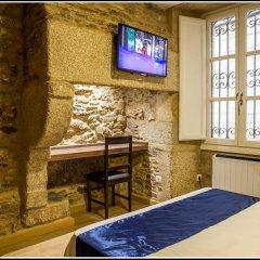 Отель Hostal Hotil удобства в номере