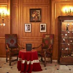 Отель Grand Hôtel Dechampaigne Франция, Париж - 6 отзывов об отеле, цены и фото номеров - забронировать отель Grand Hôtel Dechampaigne онлайн интерьер отеля