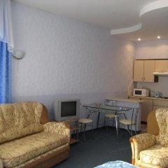 Гостиница Гостиный комплекс Holiday Апартаменты с разными типами кроватей фото 5