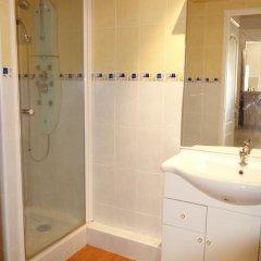 Отель Old Town Holidays ванная