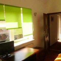 Отель Leonik Кровать в общем номере с двухъярусной кроватью фото 6