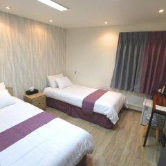 Отель Must Stay 2* Стандартный номер с 2 отдельными кроватями фото 5