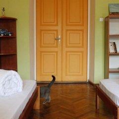 Хостел Элементарно Кровать в общем номере с двухъярусной кроватью фото 14