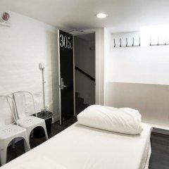 HighRoad Hostel DC Стандартный номер с различными типами кроватей (общая ванная комната) фото 10