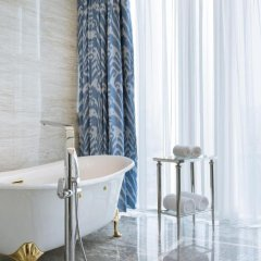The Azure Qiantang,a Luxury Collection Hotel,Hangzhou 5* Люкс с различными типами кроватей