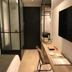 Niki Athens Hotel в номере