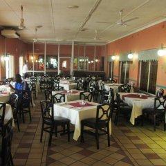Отель Oasis Motel Габороне питание фото 3