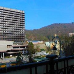 Отель Zahradni apartments Чехия, Карловы Вары - отзывы, цены и фото номеров - забронировать отель Zahradni apartments онлайн балкон