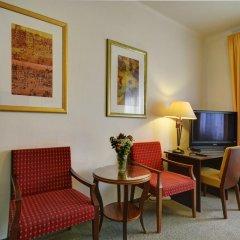 Hotel Svornost 3* Стандартный номер с двуспальной кроватью