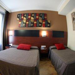 Отель Hostal Abadia Стандартный номер с 2 отдельными кроватями фото 13