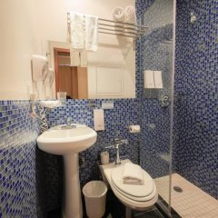 Отель CITY ROOMS NYC - Soho Стандартный номер с различными типами кроватей фото 19