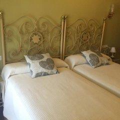 Отель Hostal Galicia Монфорте-де-Лемос комната для гостей