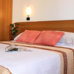 Hotel Maria Serena 3* Номер Комфорт с двуспальной кроватью фото 4
